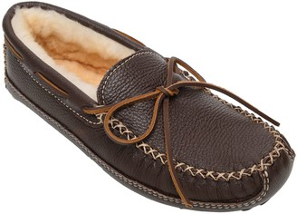 Minnetonka Men's Sheepskin-Lined Chocolate Moose Slippers