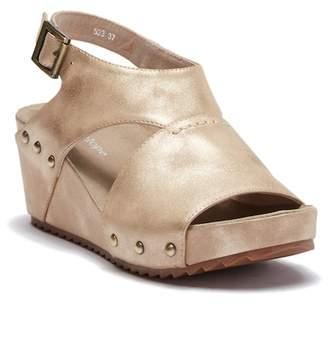 Antelope Platform Wedge Sandal