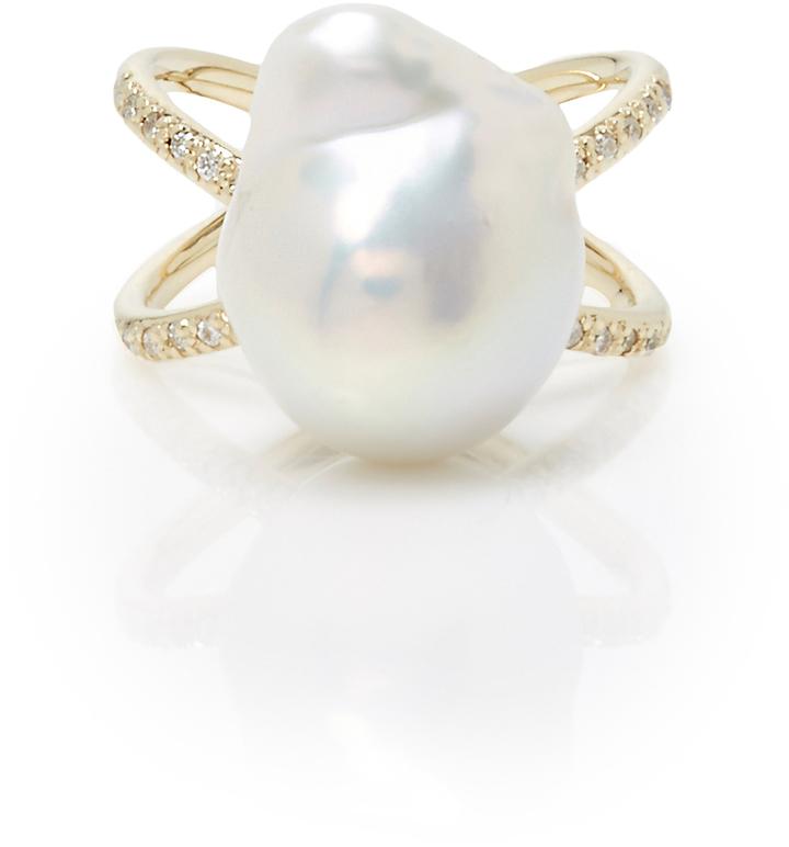 MizukiMizuki Pearl and Diamond Crossover Ring