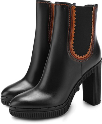 Tod's Tods High Heeled Black Leather Booties