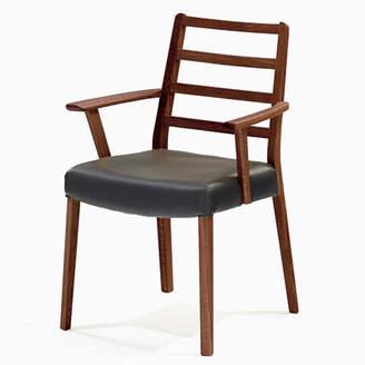 IDC OTSUKA/大塚家具 椅子 シネマ(肘付) Aタイプ ウォールナット材/WN2色 PVCブラック