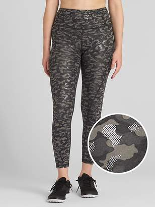 Gap GFast High Rise Camo Print 7/8 Leggings in Blackout