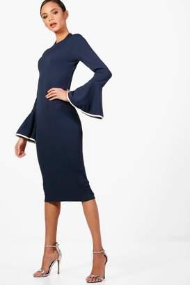 boohoo Tall Contrast Flared Sleeve Bodycon Dress