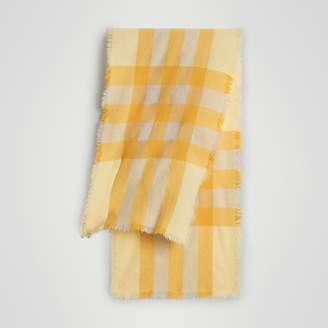 Burberry (バーバリー) - Burberry ライトウェイト チェック ウール&カシミア スカーフ