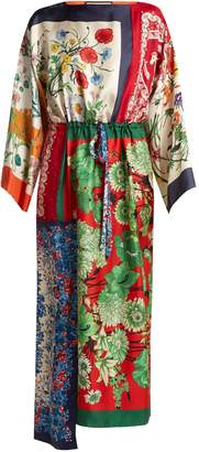 Gucci Printed foulard-patchwork silk dress
