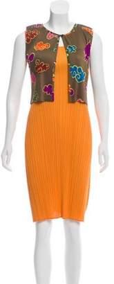 Pleats Please Issey Miyake Sleeveless Knee-Length Dress Orange Sleeveless Knee-Length Dress