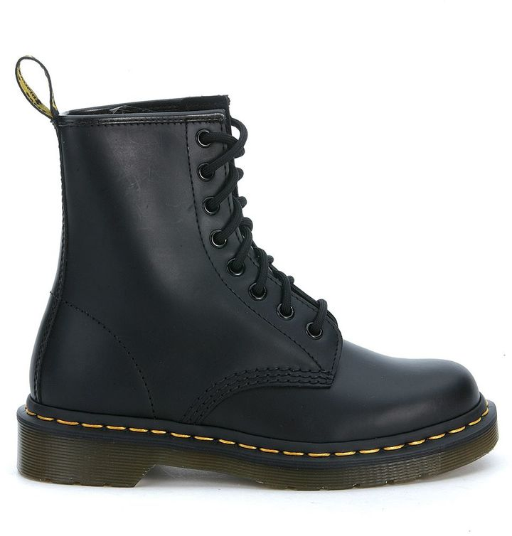 Dr. MartensDr Martens Classic 8 Eyelet Black Boot