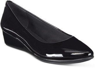 Easy Spirit Avery Wedge Pumps $79 thestylecure.com