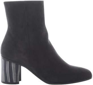 Hermes Beige Suede Boots