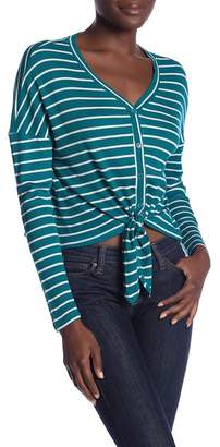 GOOD LUCK GEM Button Thermal Tie Front Top