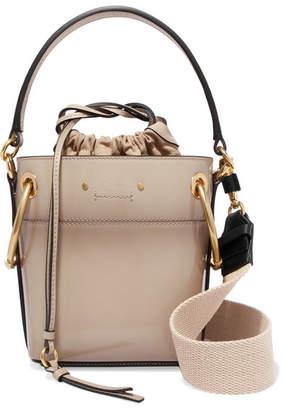 Chloé Roy Mini Patent-leather Bucket Bag - Gray