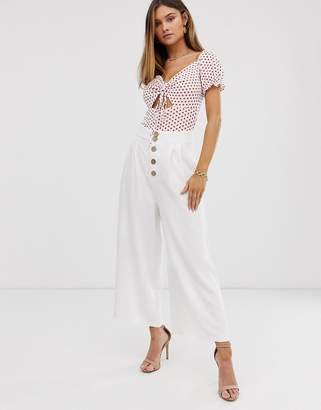 Stradivarius cropped button pants in white
