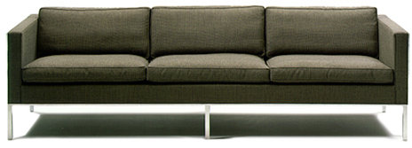 Artifort 905 2.5-seat/3-cushion sofa