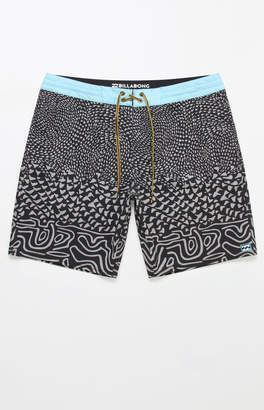 "Billabong Sundays Lo Tides 19"" Boardshorts"