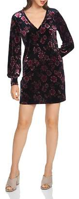 1 STATE 1.STATE Gallant Garden Velvet Floral Shift Dress