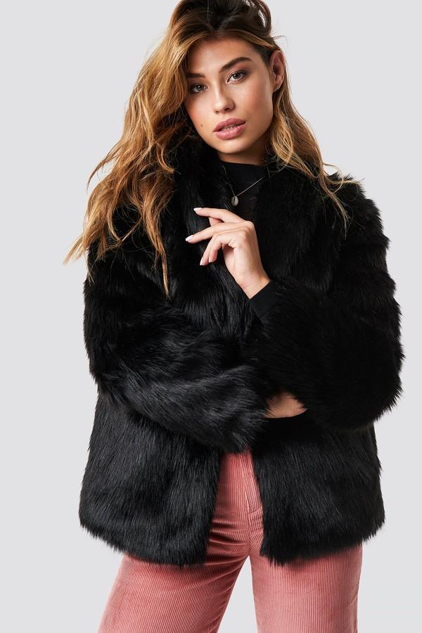 Linn Ahlborg X NA-KD Classic Faux Fur Jacket