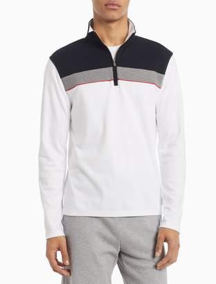 Calvin Klein Regular Fit Liquid Touch Colorblock 1/4 Zip Sweatshirt