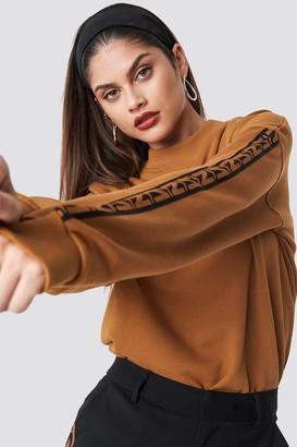 N. Na Kd Trend Branded Stripe Sweatshirt Burned Brown