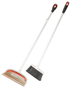 OXO Good Grips® Upright Sweep Set