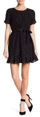 Collective Concepts Scoop Neck Short Sleeve Dress
