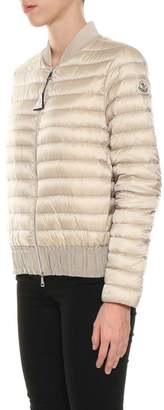 Moncler Barytine Bomber Down Jacket. Padding Goose Down: 90% Down 10% Feathers