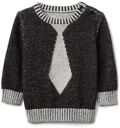 Intarsia tie crew sweater