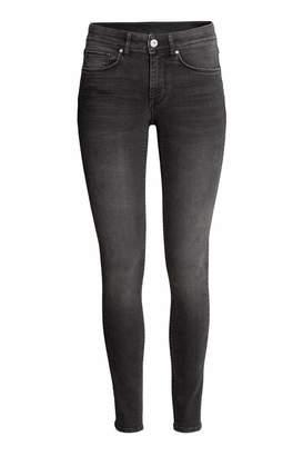 H&M Super Skinny Regular Jeans - Black washed out - Women