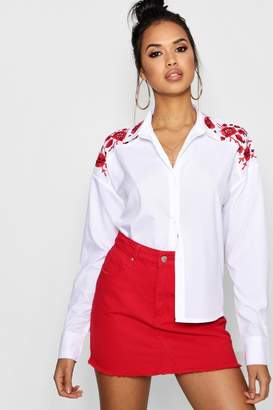 boohoo Floral Embroidered Collar Shirt
