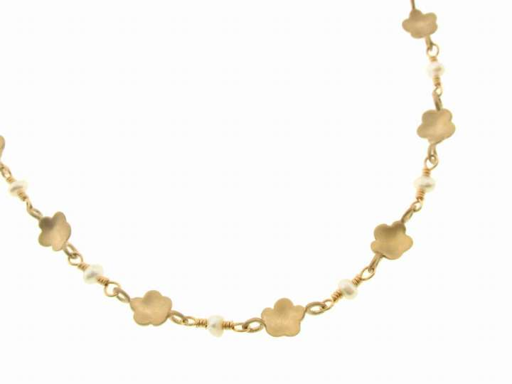 Me & Ro Buttercup and Pearl Chain in 10 Karat Gold