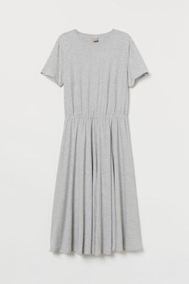 e4ff6c08662f H&M H&M+ Jersey Wrap Dress - Gray