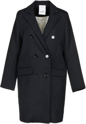 Won Hundred Overcoats