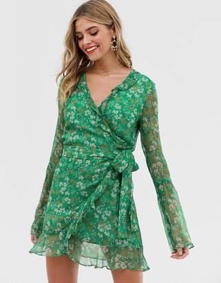 2f3b48028c4c Stevie May jade long sleeve valentine wrap mini dress