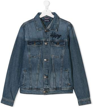 Tommy Hilfiger (トミー ヒルフィガー) - Tommy Hilfiger Junior TEEN logo embroidered denim jacket