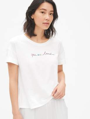 Gap Forever Favorite Roll Sleeve Graphic T-Shirt