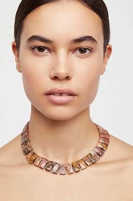 Nakamol Shield Stone Collar