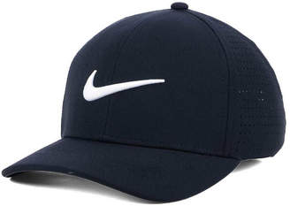 Nike Classic Performance Stretch Fitted Cap
