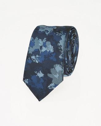 Le Château Camouflage Print Microfibre Skinny Tie