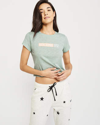 Abercrombie & Fitch Short-Sleeve Logo Tee