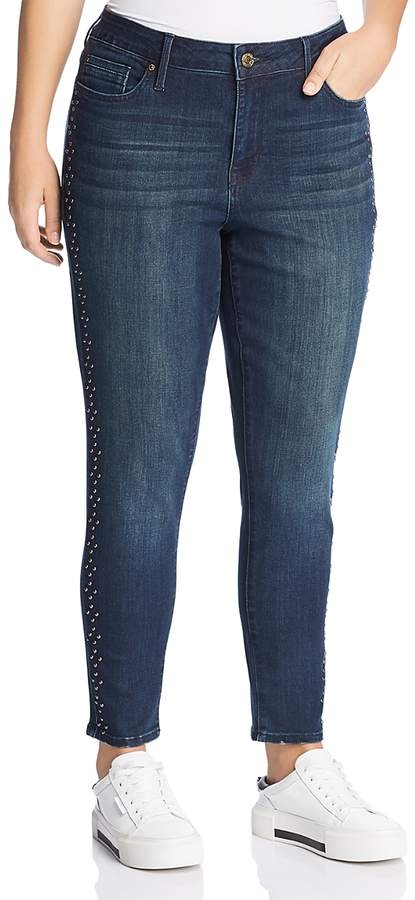Jeans Plus Stud-Trimmed Jeans in Horizon Wash