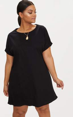 c9bf96dda71 PrettyLittleThing Plus Black Oversized Roll Sleeve T-Shirt Dress
