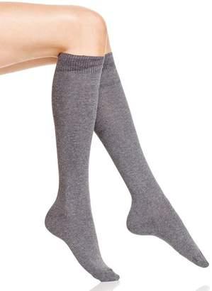 Hue Flat Knit Knee Socks