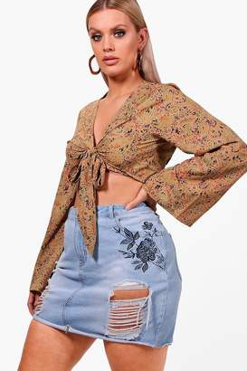 boohoo Plus Embroidered Rip Mini Denim Skirt