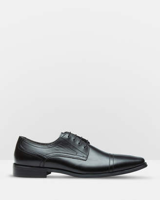 Oxford James Leather Derby Shoes