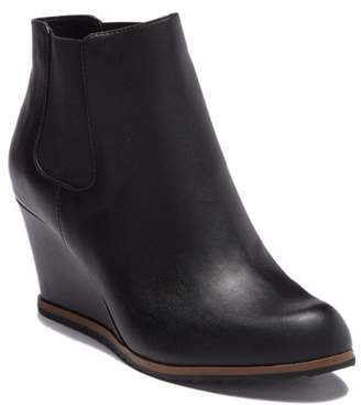 Susina Altair Leather Bootie