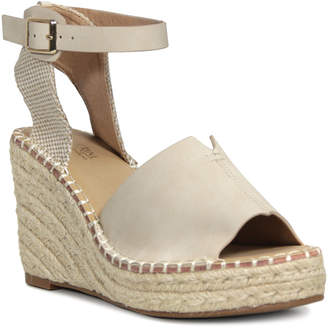 Catherine Malandrino Estar Wedge Sandal