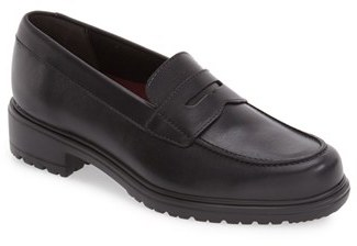 Women's Munro 'Jordi' Leather Loafer $199.95 thestylecure.com