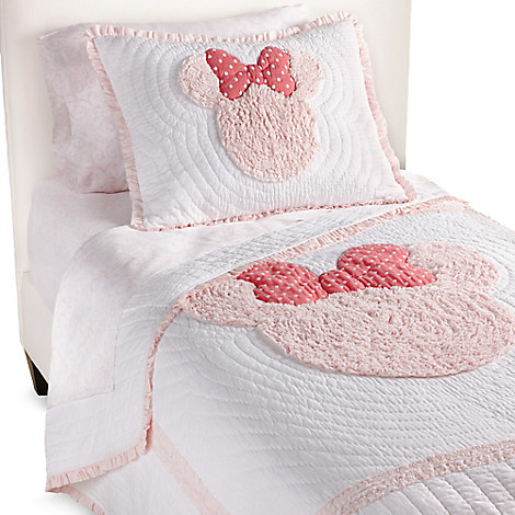 Disney Minnie Mouse Really Ruffle Quilt by Ethan Allen