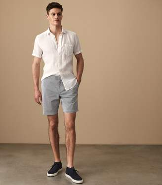 Reiss ORDER BY MIDNIGHT DEC 15TH FOR CHRISTMAS DELIVERY JESTER SEERSUCKER STRIPED SHORTS White/blue
