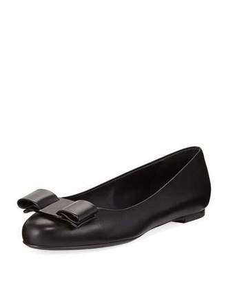 Salvatore Ferragamo Varina Smooth Leather Ballet Flats with Vara Bow, Nero