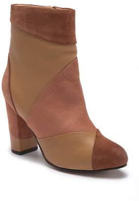 Seychelles Skulk Ankle Bootie